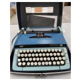 Antique Smith-Corona Typewriter in case