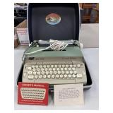 Smith Corona coronet Electric Typewriter in case