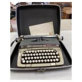 Smith-Carona Classic 12  Typewriter in hard case