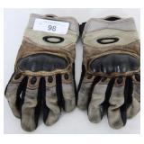 Oakley Factory Pilot Gloves Airprene size Med Tan