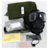 USGI M40 Gas Mask NEW Medium w/accessories