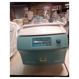 Mikro 220R Refrigerated Centrifuge