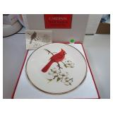 "Vtg AVON Cardinal Bird Plate 10&1/4"" with box"