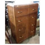 """4 drawer Victoriaville dresser 29x18x45""""h"""