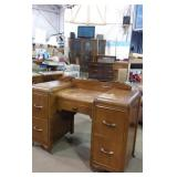 Victoriaville Vanity with mirror 42x18x27