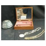 Vintage music box & jewellery box