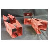 4 sawhorse clamps