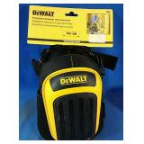 New pair of DeWalt Professional Kneepads with
