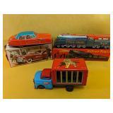 """Vintage tin toys """"Sparkling Silver Train"""" 8"""", 5"""""""