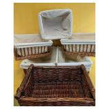 Collection of 5 wicker baskets and cotton liners