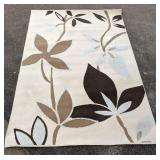 """Lovely area rug 60"""" x 96""""L"""