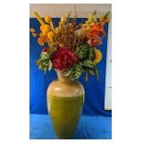 Gorgeous Vase measures 2
