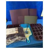 Epicure Silicone bakeware, cutting boards and