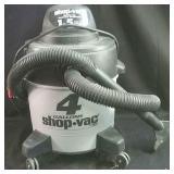 Working  4 gallon Shop-Vac,