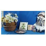 2 baskets with fake flowers, flower welcome sign,