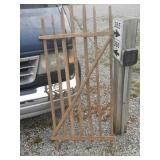 Tobacco stick gate