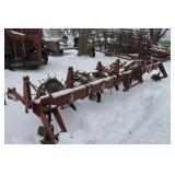 IH 6 row Cultivator
