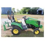 John Deere 2023 E utility tractor w/ 3 pt and 60D