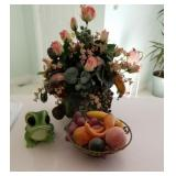Plant/Frog/Fruitbowl