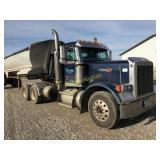 2000 Peterbilt Conventional 379 Road tractor - VUT