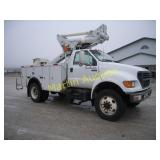 2000 Ford F650 bucket truck - VUT