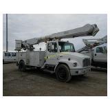 2001 Freightliner FL70 bucket truck - VUT