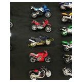 5-Kawasaki 1/18th scale toy motorcycles