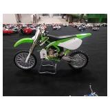 Kawasaki Toy KX 450F by Motor Works 1:6th scale.