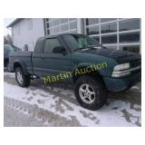 1997 GMC Sonoma 4x4 pickup truck - VUT