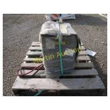 pallet with battery charger ++