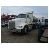 1998 Kenworth T800 tandem axle dump truck - IST