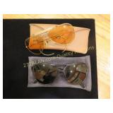 2 pair of vintage Ray Ban sun glasses