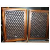 Sonics AS-447 Speakers x2