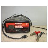 Motomaster Automatic Battery Charger 12v