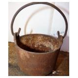 Cast Iron Smelting Pot