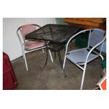 Metal Table & 2 Chairs 28 x 28 x 29H