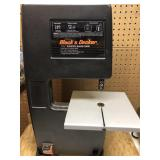"""B&D bench top 7 ½"""" power band saw"""