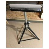 Lot with roller stand, levels, craftsman HD