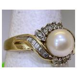 10k Gold Pearl Ring sz 7 wieght 3.4 g