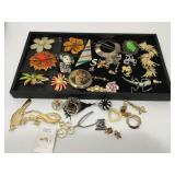 Costume jewelry w/tray included - see pictures