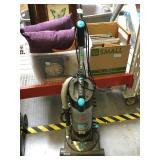 Hoover Cyclonic 12 amp vacuum