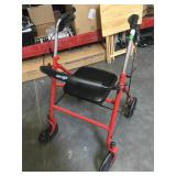 Drive medical four wheel rollator