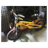 Hummer H16 bicycle for a kid, wheels hold air and