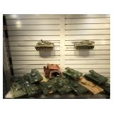 2 wooden Trunks w/Thanks models, see pictures for