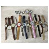 Vtg. Mickey Mouse, Minnie, Pooh Watches & More