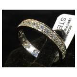 Sterling ri g w/ clear gemstones, size 9