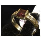 14k GOLD, Diamond & Garnet ring, size 5, 2.1g