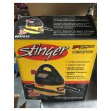 Stinger 2 gallon wet/dry vac - used - tested