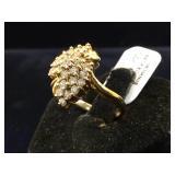 14 k GOLD & Diamond ring, size 6, 5g