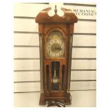 Vintage electric United Clock Co. mini